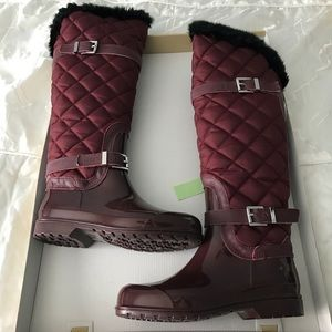 Michael Kors Sz 7 Burgundy Fulton Quilted Rainboot